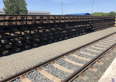 We supply certified rails for rail, tramway and crane tracks, rack chargers as well as mine and special profiles based on clients' specifications.